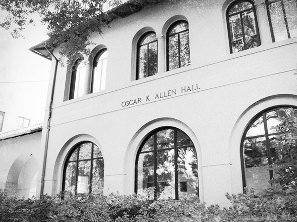 Pic-Allen Hall LSU